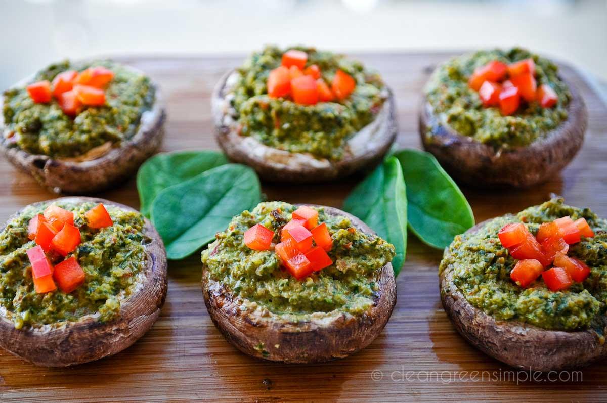 Vegan Thanksgiving Appetizers: Vegan Stuffed Mushrooms