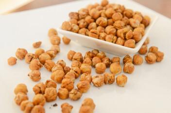 Dry-roasted chickpeas