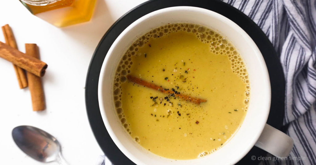Golden Milk with cinnamon and ginger (Turmeric Tea)