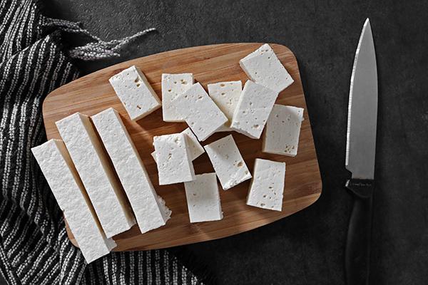 slice crispy tofu