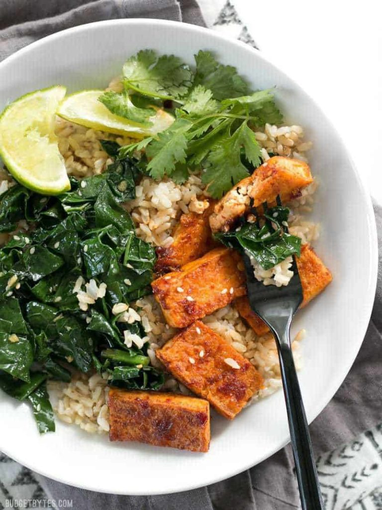 Meal prep idea: Chili Garlic Tofu Bowl