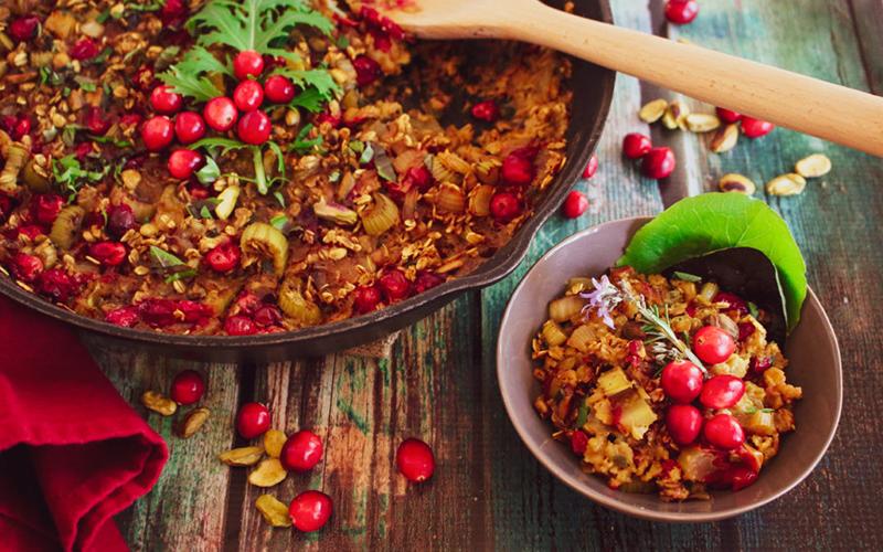 oat cranberry pilaf wtih pistachios