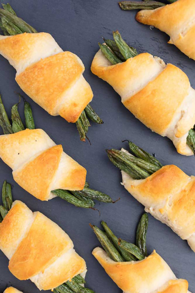 Vegan green beans in a blanket