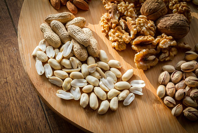 plant-based protein sources: nuts and nut butters