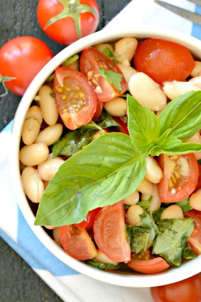 White Bean Salad with Cherry Tomatoes