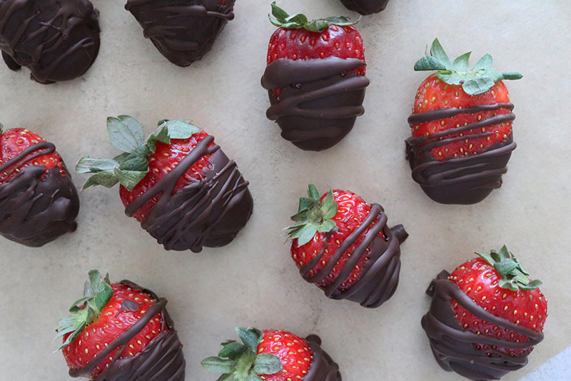 Vegan Chocolate Covered Strawberries