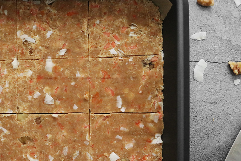 No-Bake Carrot Cake Protein Bars