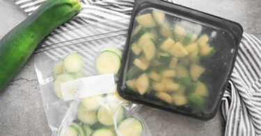 freezing zucchini in plastic bags